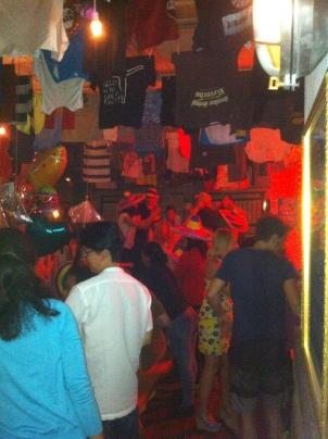 Wild and crazy table dancers at El Loco Gringo